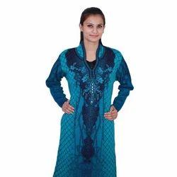 Full Sleeve Multicolor Ladies Designer Woolen Kurti