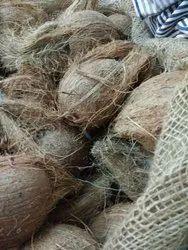 Brown Dry Coconuts, Packaging Type: Sacks