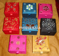 Zari Jewelry Box