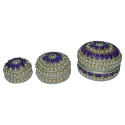 Multicolor SNG Brass Pill Box With Pearl Work