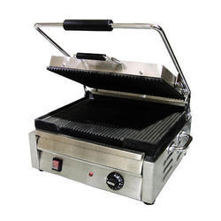 Stainless Steel Sandwich Griller, Power: 3.6 kW