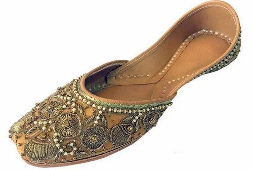 2b86dd729865 Step N Style Women Punjabi Jutti Copper Zari   Beaded Work Mojari ...
