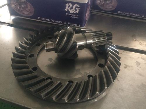 Mitsubishi Canter & Fuso Parts - Crown Wheel Pinion Fuso