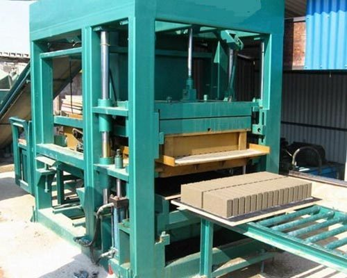 Hindustan Brick Making Machine, 400 - 1000 Capacity Bricks Per Hour