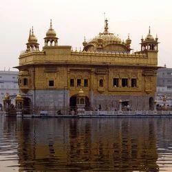 Tour No.15) Vaishnodevi, Delhi, Agra, Shivkhodi, Patnitop (Days 11)