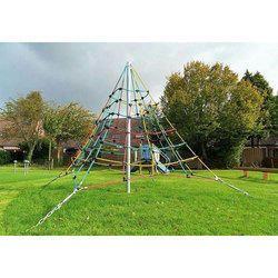 Pyramid Net Climber