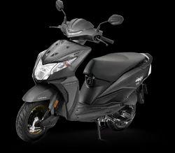 Pearl Igneous Black Matte HONDA DIO, Fuel Tank Capacity: 5.3