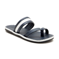 Iroo Men Fashion Slippers, Size: 7 to 9