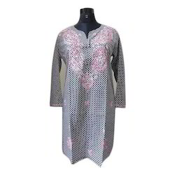 Embroidered Cotton Ladies Straight Kurti, Size: S, M and L