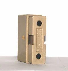 Porcelain Kit Kat Fuse 63A, 415V