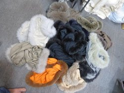 Gaah Export Casual Wear 100% Cashmere Fox Fur Four Side shawls