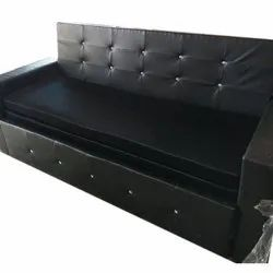 Seating Capacity: 3 Black Leather Three Seater Sofa, for Home
