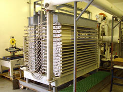Standared Plate Freezers, Water-Cooled, Capacity: 10 Tr To 1000 Tr