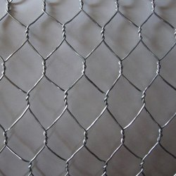 SS304 CWC Chicken Wire Mesh, Material Grade: Ss304,Ss316, For Industrial