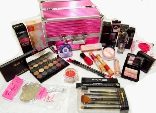 Professional Mega Beauty Makeup Kit