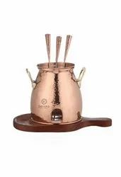 Hammered Cylindrical Copper Table Tandoor With Wooden Stand, For Restaurant