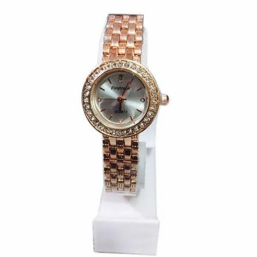 9bb65fdf1a0e Ladies Designer Chain Watch