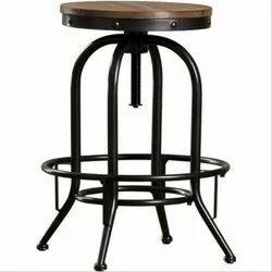 低碳钢设计师酒吧凳,大小:2.5至3英尺高,为酒吧