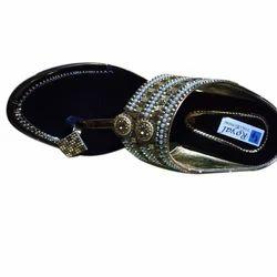 d9211b5b6 Ladies Leather Footwear in Kanpur