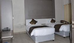 Deluxe Room Accommodation Services