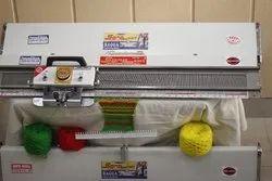 Hand Driven Flat Knitting Machine, 200N