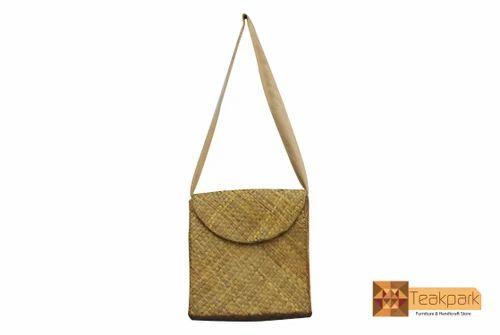 Hygeia Screwpine Leaf Woven Shoulder Bag at Rs 882  piece  e15c581b2ba6d