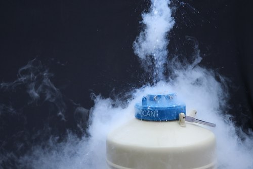 Liquid Nitrogen - Liquid Nitrogen Container Manufacturer from Pune