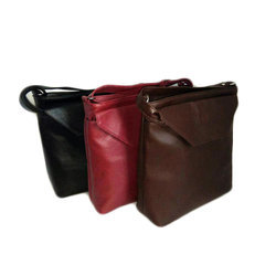 OZO Canvas Shoulder Bag