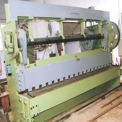 Mechanical Over Crank Shearing Machine