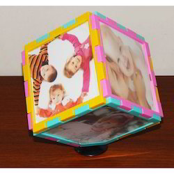 Magic Cube Rotating Photo Frame