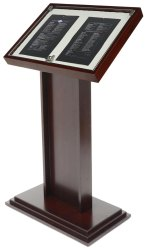 Wooden Slanted Display Stand, Height: 3-4 feet