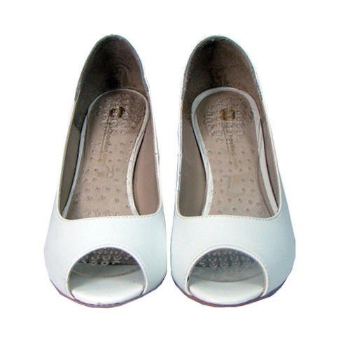 0ddbbbcc880 Asm Women White Sandals
