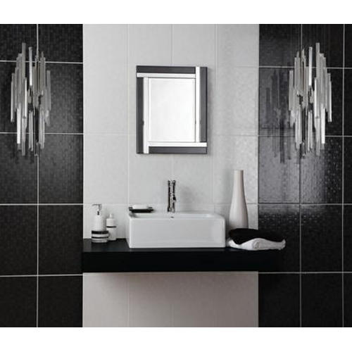 Ceramic Vitrified Bathroom Tile Thickness 6 8 Mm Size Medium