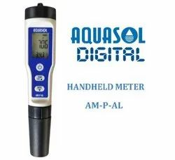 Handheld pH / TDS / Conductivity Meter