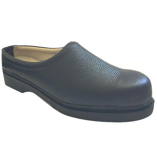 Kitchen Black Clogs Shoes Size 6 12 Rs 595 Pair Standard Mro