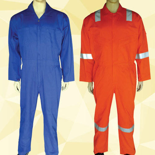 REDESS Disposable Protective Coverall Suit Elastic Waistband /& Cuffs Isolation Suit with Long Front Zipper M