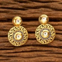 Drop Kundan Short Earring with Gold Plating 350124