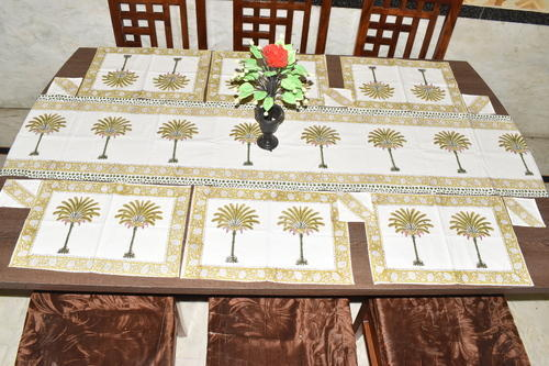 Handmade Hand Block Cotton Table Runner Set, Size: 40 X 180 Cm