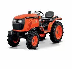 Kubota Neostar B2441 4WD, 24 hp Tractor, 750 kg