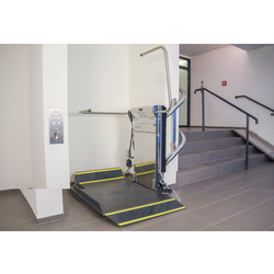 Lehner Lifttechnik Stainless Steel Stratos Platform Stair Lift And Curved Staircase