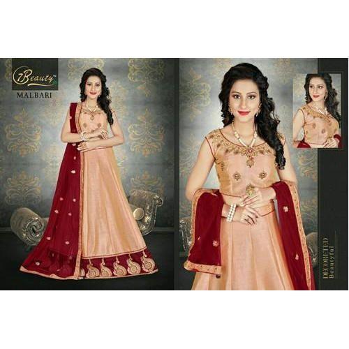 c541b3acd99a4 Semi-Stitched Designer Sleeveless Bridal Lehenga Choli
