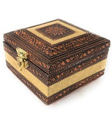 Metal Embroidered Jewellery Box, Size/Dimension: 4x4x3 Inch
