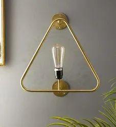 Kraft Vision Wood Curve Triangular Golden Metal Wall Lamp