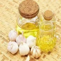 Natural Garlic Oil, Packaging Type: Plastic Container