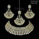 Pearl Kundan Necklace Set
