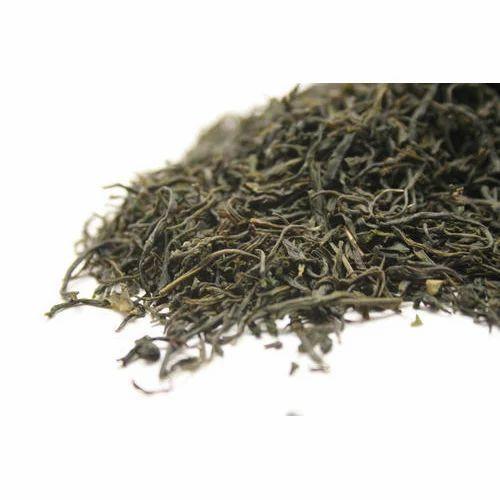 Golden Dried Green Tea Leaves