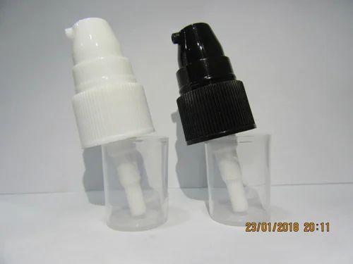black and cream pumps