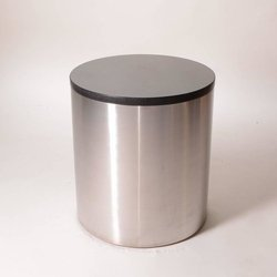 Alisha Polished Round Stainless Steel Drum Table, For Restaurant