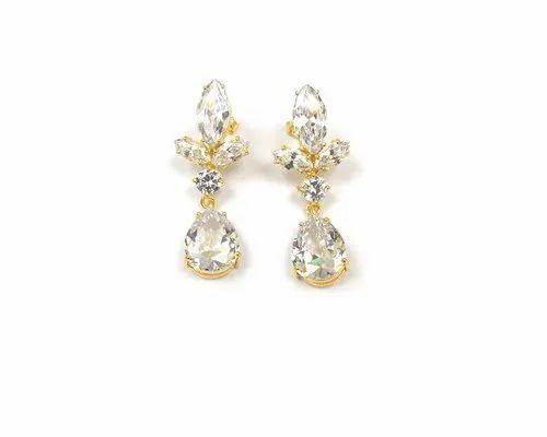 Women White Cubic Zircon Prong Setting Gemstone Stud Earring