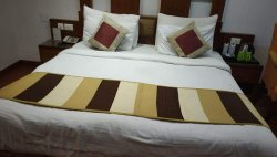 Bed Runner Set